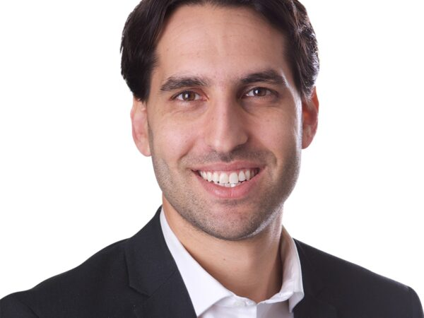 Join Adam Sternbach '09 for an October 2 Fireside Chat on how to incorporate and fund your idea